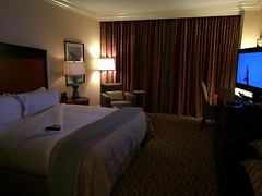 Atlanta: Omni Atlanta Hotel at CNN Center - North Tower Room 2178 (escriteur) Tags: atlanta room omni cnncenter northtower 2178 img1176 deluxeroom deluxekingroom omniatlantahotelatcnncenter