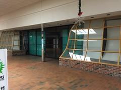 Lakeshore Mall- Manitowoc, WI (MichaelSteeber) Tags: christmas abandoned wisconsin manitowoc lakeshoremall edgewaterplaza