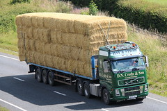 DN05HAY - D.N.Crofts & Son (TT TRUCK PHOTOS) Tags: volvo straw croft tt hay fh bourton a303