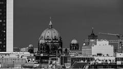 Berlin (katharina_amari) Tags: blackandwhite berlin architektur schwarzweiss regierungsviertel bauten teufelsberg lostplaces beelitzerheilstätten