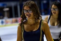 20151030_20453801-Edit.jpg (Les_Stockton) Tags: oklahoma ice hockey us unitedstates icehockey center babe missouri bok tulsa cheerleader eis jkiekko mavericks oilers ledo hokey haca eishockey hoki hoquei icegirl tulsaoilers hokej hokejs bokcenter jgkorong shokk ritulys ledoritulys missourimavericks hoci xokkey