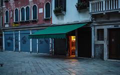 venice-7-061015 (Snowpetrel Photography) Tags: travel venice autumn people italy morninglight streetphotography venetianarchitecture olympusm25mmf18 olympusem5markii
