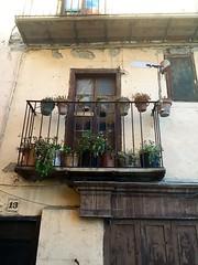 Balcn en la calle Font den Llanes, Puigcerd (MeteoQueixans) Tags: pueblo balcn lacerdanya macetas puigcerd puigcerda lacerdaa