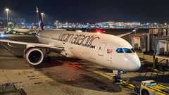 G-VNEW - Virgin Atlantic Airways - Boeing 787-9 Dreamliner (bcavpics) Tags: china night plane airplane hongkong gate aircraft aviation boeing hkg airliner 789 787 cheklapkok dreamliner virginatlanticairways vhhh bcpics gvnew