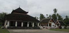 "Luang Prabang: le temple Vat Visoun <a style=""margin-left:10px; font-size:0.8em;"" href=""http://www.flickr.com/photos/127723101@N04/23756756832/"" target=""_blank"">@flickr</a>"