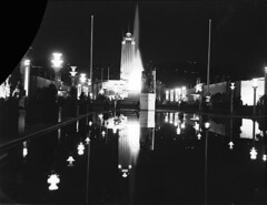 149; Centennial Avenue and Tower, Centennial Exhibition - 1940 (Wellington City Council) Tags: wellington historicwellington 1800s 1900s 1950s