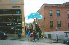 Post Alley, Seattle, WA (trainphotoz) Tags: postalley pikeplacemarket seattle steelheaddiner rachelsgingerbeer