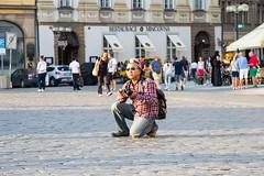 camera and action (Raymond Loyal) Tags: prag tourist photographer fotograf outdoor people menschen reportage dokumentation detail spontan spontaneous
