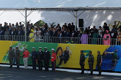(vcheregati) Tags: cidadeconstitucional acidadeconstitucional2016 espectadores desfile foratemer 7desetembro esplanadadosministérios brasília feriado