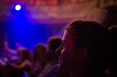 Looking as child's eyes. (Mac Melon) Tags: concert music portrait retrato magia magic night noche