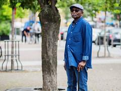 (graveur8x) Tags: man candid street portrait black jeans cool hat cane frankfurt germany deutschland streetphotography strase dof olympus olympusem10markii olympusm75mmf18 people microfourthirds m43 75mm zuiko sun glasses