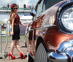 Holly_7341 (Fast an' Bulbous) Tags: long brunette hair people outdoor wiggle dress skirt girl woman hot sexy chick babe seamed silk stockings high heels red shoes legs beauty car vehicle automobile oldtimer classic sunglasses santapod dragstalgia model pose england summer hotty stilettos pinup