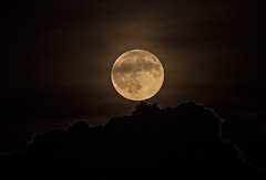 Full Moon over Storm Clouds (Klaus Ficker --Landscape and Nature Photographer--) Tags: fullmoon clouds storm moon night kentuckyphotography klausficker canon eos5dmarkii sigma120300