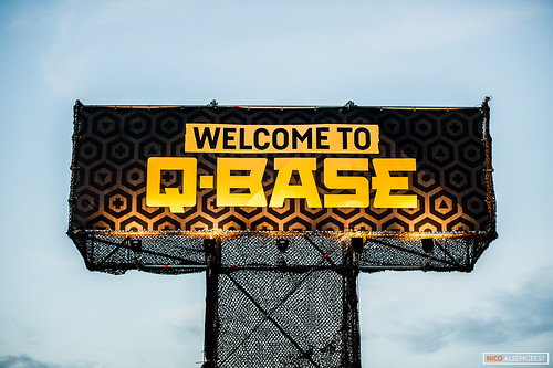 Q-base - Die Hards Only