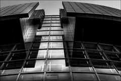 Temple d'Etoiles (vedebe) Tags: architecture paris noiretblanc netb nb bw monochrome rue urbain ville city street verre danse bâtiment opéra art