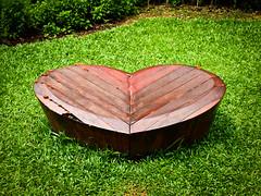 Wooden Heart (goodbyetrouble) Tags: singapore singapur sg fort canning park wooden heart holz hlzen herz skulptur