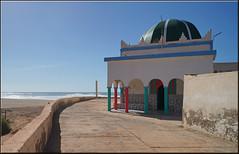 der Marabut von Sidi Ifni (mhobl) Tags: marabut grab heiligtum sidiifni maroc