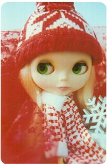 Postcrossing US-4357702 (booboo_babies) Tags: blythe doll winter christmas retro 1970s red white whimsical postcrossing