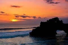 Tanah Sunset (LMortgages158) Tags: sky landscape lake sea sunset water beach travel blue sun light clouds temple summer bali beautiful indonesia green colorful holiday hinduism