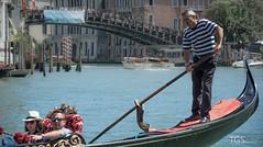 True Venetian Life #2 (TGSnapshot) Tags: italien bridge venice italy color boats photography boot canal nikon colorful europa europe fotografie boote tourists historic gondola kanal nikkor brcke venezia venedig farbig bunt gondolier gondel 2014 historisch touristen gondoliere d7100 18105mmf3556 tillschrder
