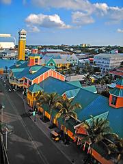 Bahamas City View © Chee Ling Chong