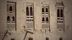 نوافذ قديمة-Old Windows (Hussein.Alkhateeb) Tags: old city windows historic من shibam مدينة شبام قديمة hadramout التاريخية نوافذ الحضرمية