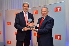 Foreign Policy CEO Rothkopf Presents Secretary the 2015 Foreign Policy Diplomat of the Year Award in Washington (U.S. Department of State) Tags: johnkerry fp foreignpolicy davidrothkopf