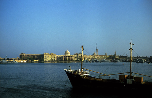 "Ägypten 1983 (05) Alexandria: Hafen • <a style=""font-size:0.8em;"" href=""http://www.flickr.com/photos/69570948@N04/22758404850/"" target=""_blank"">View on Flickr</a>"