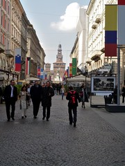 Milan The Tour Expert (335) (TheTourExpert) Tags: city italy milan cathedrals piazzadellascala capitalcities europeancities