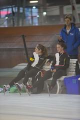 A37W4364 (rieshug 1) Tags: deventer schaatsen speedskating 3000m 1000m 500m 1500m descheg hollandcup1 eissnelllauf landelijkeselectiewedstrijd selectienkafstanden gewestoverijssel
