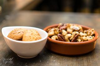 Pan de bono, spiced nuts