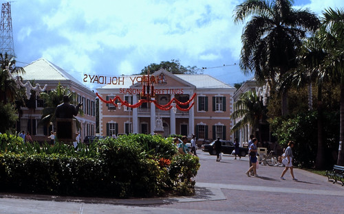 "Bahamas 1988 (189) New Providence: House of Assembly, Nassau • <a style=""font-size:0.8em;"" href=""http://www.flickr.com/photos/69570948@N04/23886211486/"" target=""_blank"">View on Flickr</a>"