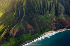 N Pali (Piriya Pete Wongkongkathep) Tags: napali coast kauai hawaii helicopter