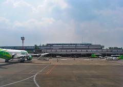 Bandara Halim Perdanakusuma (BxHxTxCx (more stuff, open the album)) Tags: building gedung airportterminal terminalbandara jakarta architecture arsitektur