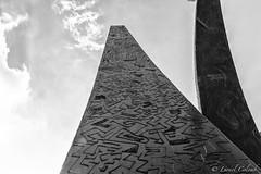 Monumental Monolith (Lionelcolomb) Tags: villecroze provencealpesctedazur france fr noirblanc art bw perspective canon monolith