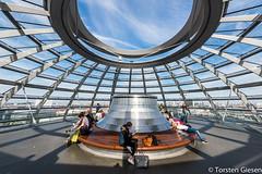 Glaskuppel_auf_dem_Reichstagsgebaude_19092016 (giesen.torsten) Tags: berlin deutschland reichstag kuppel kuppelaufdemreichstag besucherplattform ausblick nikon nikond810