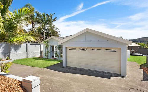1A Maas Parade, Forresters Beach NSW 2260