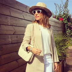 Maana en el blog/tomorrow on te blog~~Buenas noches a todos! Besos mil y a por el mircoles con nimo y energas! #detallesqueenamoran #offwhite #colornude #totalbeige #ootd #lookdeldia #inspiracion #inspiration #t (elblogdemonica) Tags: ifttt instagram elblogdemonica fashion moda mystyle sportlook springlooks streetstyle trendy tendencias tagsforlike happy looks miestilo modaespaola outfits basicos blogdemoda details detalles shoes zapatos pulseras collar bolso bag pants pantalones shirt camiseta jacket chaqueta hat sombrero