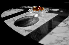 (Jean-Luc Lopoldi) Tags: cutout fruits ombres shadows table marble marbre soleil geometrical naturemorte stilllife