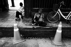 no.965 (lee jin woo (Republic of Korea)) Tags: snap photographer street blackandwhite ricoh mono bw shadow subway self hand gr korea snapshot streetphotograph photography monochrome