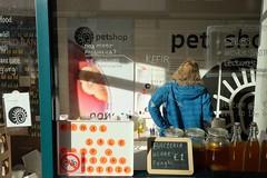 SOS plant care at the Pet Shop Food bar (Waag Society) Tags: soil bacteria plants ecologist petshop pets micropets waagsociety foodbar popup