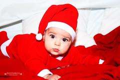 Especial Navidad (jesuszambranarodriguez) Tags: christmas color navidad kid niña bebé manuela alejandro niño papánoel