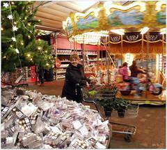 DSCI8478 (aad.born) Tags: christmas xmas weihnachten navidad noel  tuin engel nol natale  kerstmis kerstboom kerst boi kerststal  kribbe versiering kerstshow  kerstversiering kerstballen kersfees kerstdecoratie tuincentrum kerstengel  attributen kerstkind kerstgroep aadborn nativitatis