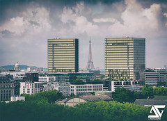 BNF (A.G. Photographe) Tags: paris france french nikon europe cloudy eiffeltower bnf toureiffel ag capitale nikkor franais parisian bibliothquenationaledefrance anto xiii parisien nuageux d810 antoxiii 70200vrii agphoographe