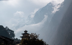 Chorten With Misty Mountains (Andrew Luyten) Tags: nepal mountain himalaya lho westernregion manaslucircuit mountainkingdoms