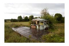 Kuressaare, isola di Saaremaa [Estonia] (ro_buk [I'm not there]) Tags: saarema estonia baltisea newtopographics newtopographers van abandoned
