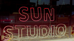 Sun Studio (Pete Zarria) Tags: tennessee neon sign music rock roll elvis