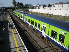 28xx railcar waiting to cross the train from Rosslare (robinparkes) Tags: iarnrodeireann arklow 2800class railcars