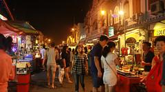 Jonker Walk Night Market (Chandana Witharanage) Tags: malaysia southernregionofmalaysia melaka malacca jonkerstreet antiqueshopping souvenirshopping
