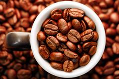 ☕ Coffee, my daily routine (Wenninger Johannes) Tags: mydailyroutine macromondays macro macrophoto macrophotography makro makrofoto makrofotografie foto fotografie photography photo coffee coffeebean kaffee kaffeebohne linz austria österreich